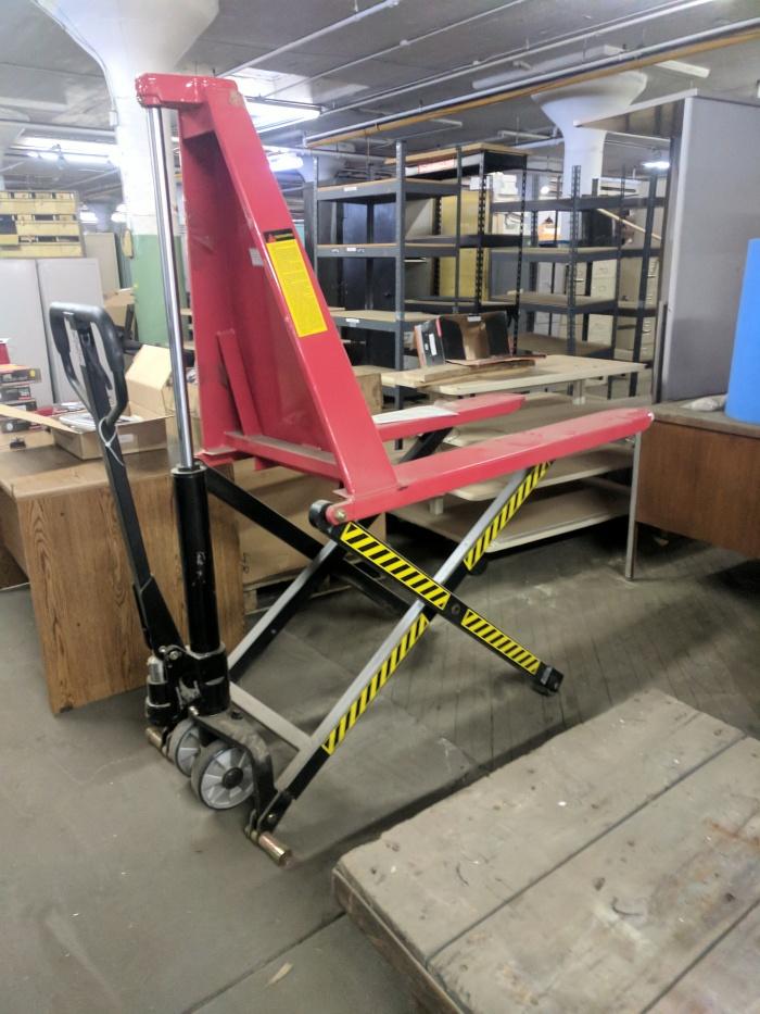 pallet scissor lift table
